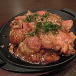 松 - トマトをふんだんに使った松オリジナルトマトお好み焼き