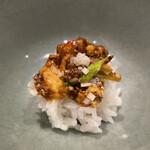 160792946 - 麻婆豆腐を白米に乗せて