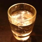 アヒル - ダバダ火振(栗焼酎)を試飲させて頂きました。