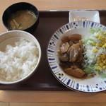 すき家 - 料理写真:豚とろ定食 すき家 44号根室店