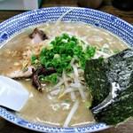 葫 - 醤油らーめん 630円 (^^w