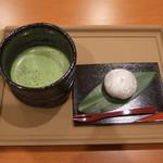 喜久水庵 - 喜久福と抹茶のセット