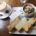 イココチ - Coffee、チーズトースト