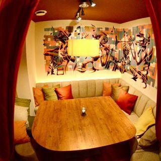 【プライベート空間】可愛い個室いっぱい♪人気のカーテン個室&隠れ家風ふかふか絨毯のロフト個室…