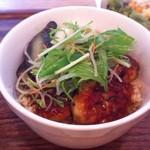 ルーメ - ランチ 日替わりランチ 豆腐ハンバーグ丼