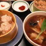 中国麺家 - 小吃セット