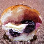 16095938 - ダークチェリーチーズクリーム