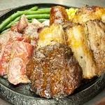 トゥッカーノグリル&バー - 全部盛りは大ボリュームの830g!!今日はがっつり食べたいそんな日に。