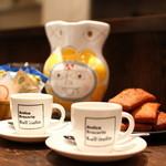 アンティカブラチェリアベッリターリア - 食後のカフェと小菓子