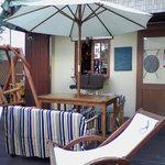 ソールエフレール - ベンチとブランコ、空間使いが素敵です。