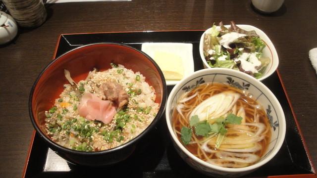 鴨亭 - 鴨の炊き込みご飯(980円)