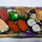 宅配寿司 茶月 - 人気ネタにぎり:680円