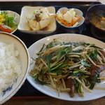 麺処 梅花皮亭 - レバニライタメ定食:800円