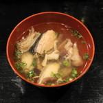 鳥正 - 2012.11 最後に出される魚のアラのお吸い物(おそらくサービス品)