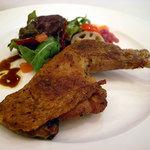 アトリエ・オキ - フランス産ホロホロ鳥もも肉のコンフィ