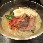 炭火焼肉香味苑 - 冷麺880円