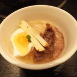 炭火焼肉香味苑 - 冷麺取り分け
