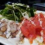 創作キッチン Meals' - スモークサーモンと生タコのカルパッチョ