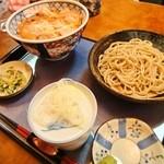 にわ - 親子丼+半蕎麦 700円