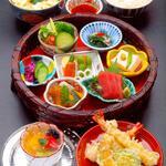 美々卯 - 花籠弁当