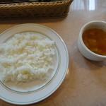 16115858 - ランチセットのごはんとスープ