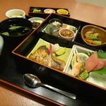 華屋与兵衛 - 料理写真:松花堂御膳 ききょう