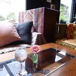ブリックホール - 最初に座った入り口横のソファー席
