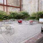 ブリックホール - 中庭