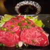 きぬ川 - 料理写真:馬刺 (ニンニクたれ)
