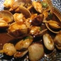 Makan - あさりのバジル炒めは定番のおつまみです
