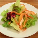 ラ・メーラ - ランチセットのサラダ