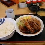 松屋 - とんてきW定食¥930