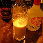 日比谷Bar - ベイリーズミルク