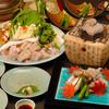 京料理 卯柳 - 料理写真:活けのとらふぐをその日に調理する、【活けとらふぐコース】。身はぷりぷり、てっさも弾力性が違います!