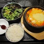 16137714 - 本日の純豆腐定食(プリプリ海老とチーズの純豆腐)