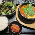 16137718 - 焼肉&純豆腐チゲ セット