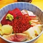16141751 - ランチの海鮮丼