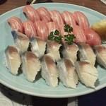 16144231 - 鮨お好み、シメ鯖、マグロ・・
