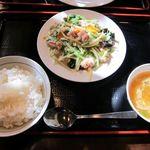 台湾料理 百楽門 - 鶏肉と水菜炒め