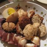 はる屋 - 蛸、卵、練り物