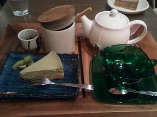 pike - チーズケーキとフレーバーティーのセット¥700
