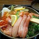 Bote - 北海丼¥1200
