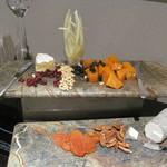 ザ・リッツ・カールトン東京 - イブニング・オードブル。チーズが充実
