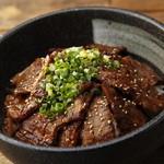 北海道マルハ酒場 - 料理写真:【道産牛カルビ丼】: 旨い道産牛が食べたいならコレしかない! 北海道産の「彩美牛」をふんだんに使ったこだわりのカルビ丼。マルハのカルビ丼のルーツであり絶対に食べてもらいたい逸品です!