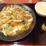 16155277 - 五目あんかけ焼きそば (醤油味) 780円