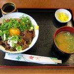 さざなみ - 牛すじ丼(680円)