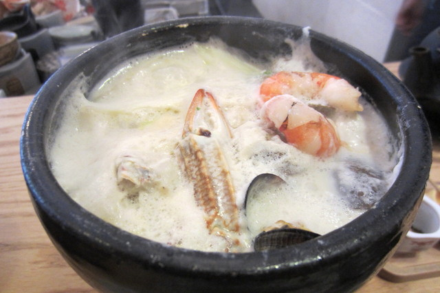 錦そや - 豆乳鍋(海の幸)¥800