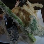 16170771 - 天ぷら (エビ2本と野菜) 750円