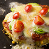 ビストロ ポチ - 料理写真:『ピザ玉』お好み焼きの生地でピザ風にチーズ、トマトをトッピング♪