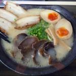 一太 元祖 - 「スペシャル麺」780円